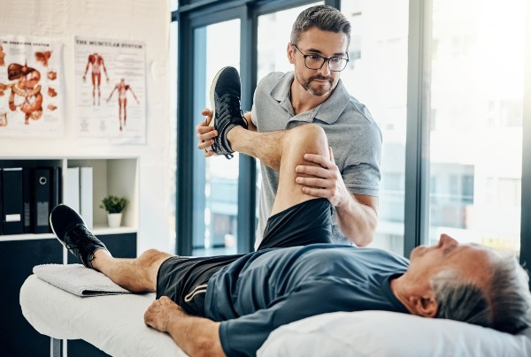 image of a physiotherapist at work